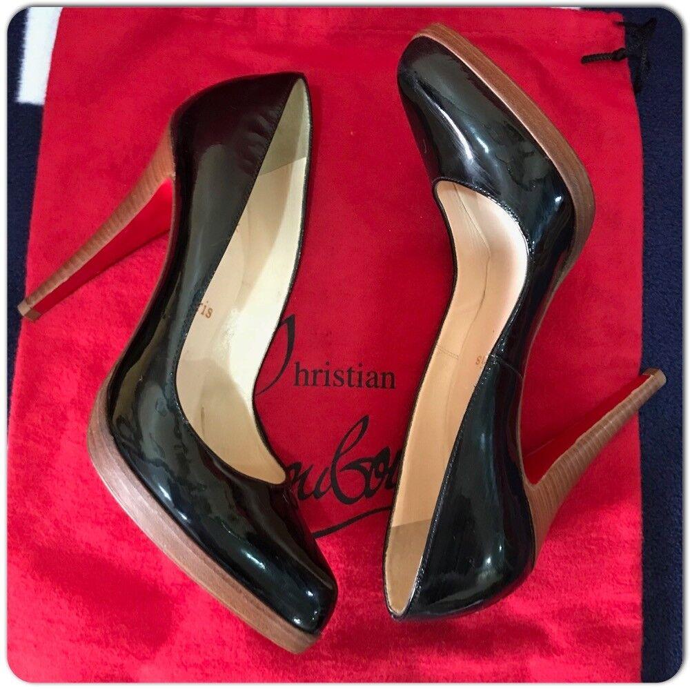 Christian De Louboutin Charol Negro Zapatos De Christian Taco acento de madera Tamaño 40 b662e0