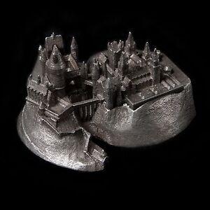 Harry-Potter-Hogwarts-Castle-architecture-metal-building-replica-souvenir-1-5000