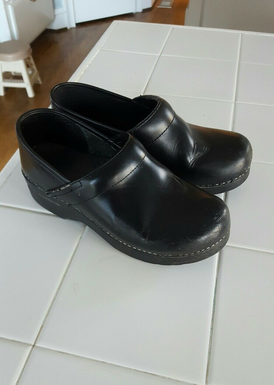 Women's Dansko shoes , black cabrio leather , size 38 38 38 (US 8) 3072c0