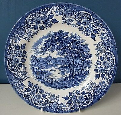 """J BROADHURST & SONS """"THE ENGLISH SCENE"""" BLUE & WHITE PICTURE PLATE 9 5/8"""" - Good"""