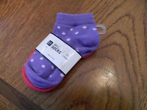 NWT-Gap-Kids-girl-2pk-of-socks-one-pink-amp-one-purple-w-white-polka-dots-size-S