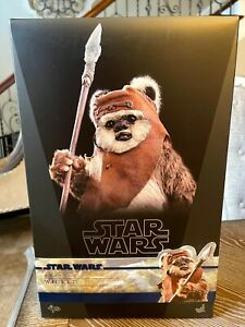 Hot Toys - Star Wars - Wicket (ROTJ) 1/6th Scale MMS550 NO RESERVE!!!!