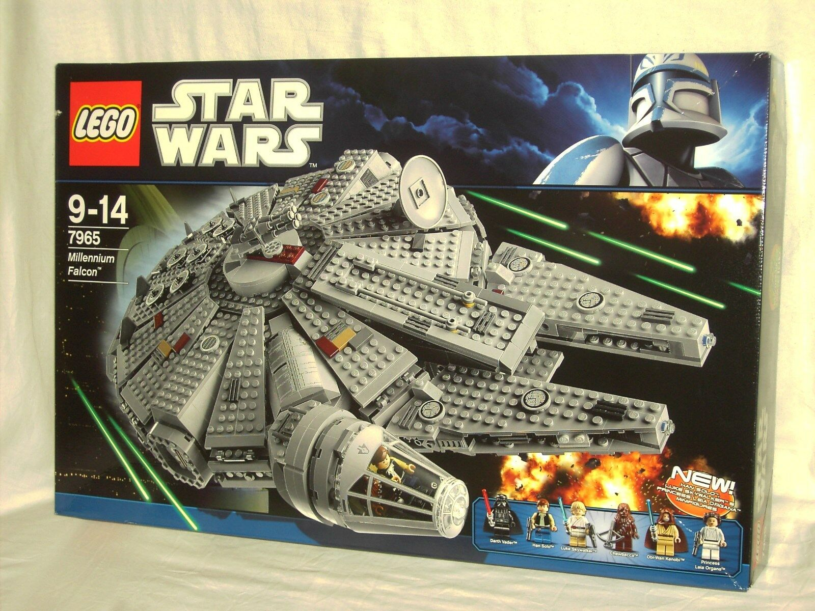 LEGO STAR WARS  -  MILLENNIUM FALCON        NEW AND SEALED