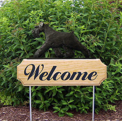 Schnauzer Uncropped Wood Welcome Outdoor Sign Black