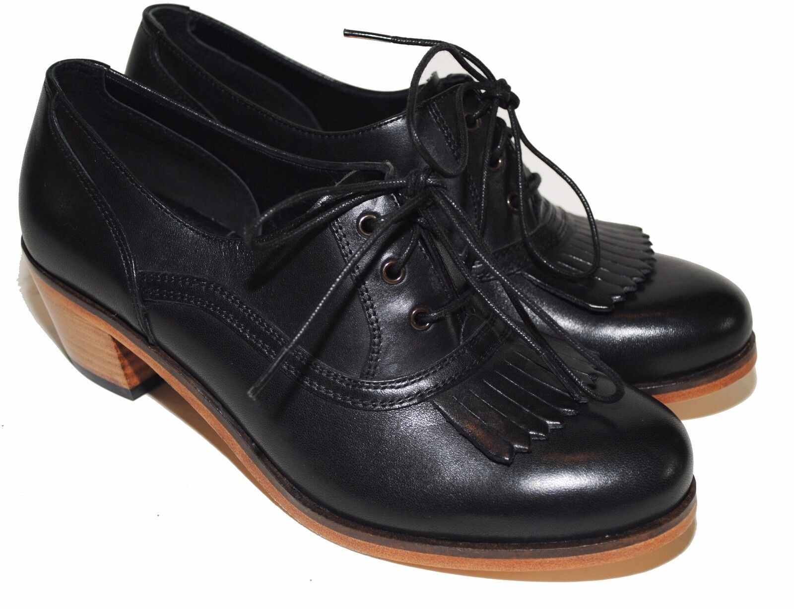 NEW Wolverine 1000 Mile Nesbit Kiltie Oxfords W00802 Black Leather Women's 5.5