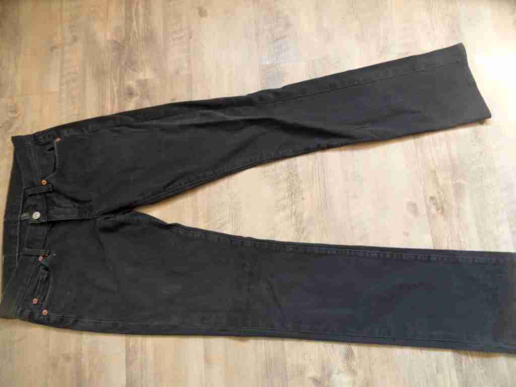 SEVEN FOR ALL MANKIND coole straight Jeans black Gr. 27 TOP OS817