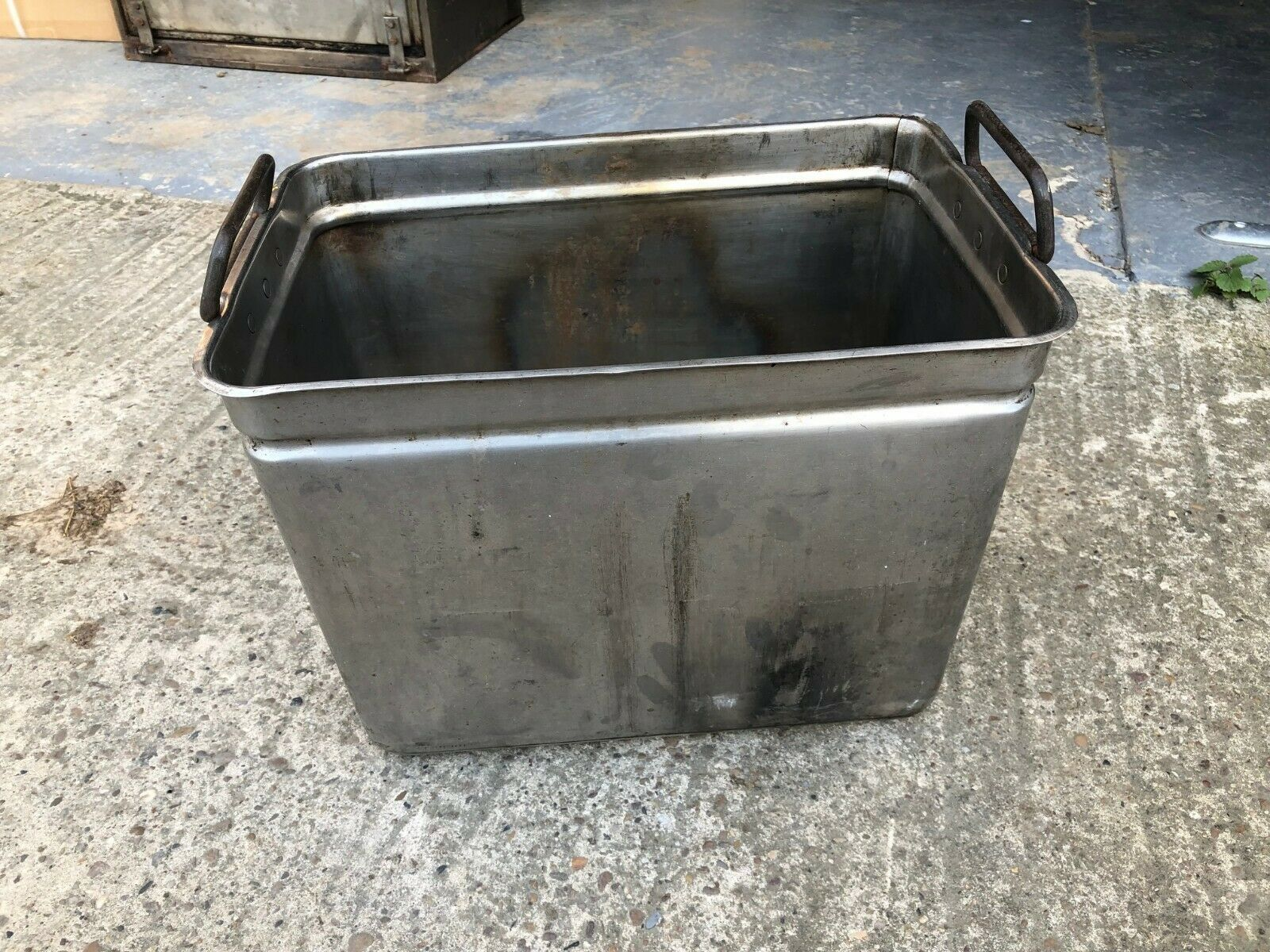 British Army Large Stainless Steel 20 Litre Cooking Pot NO LID  Grade 1