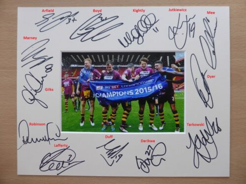 201516 Burnley Championship Winners Squad Signed Photo Mount 8268