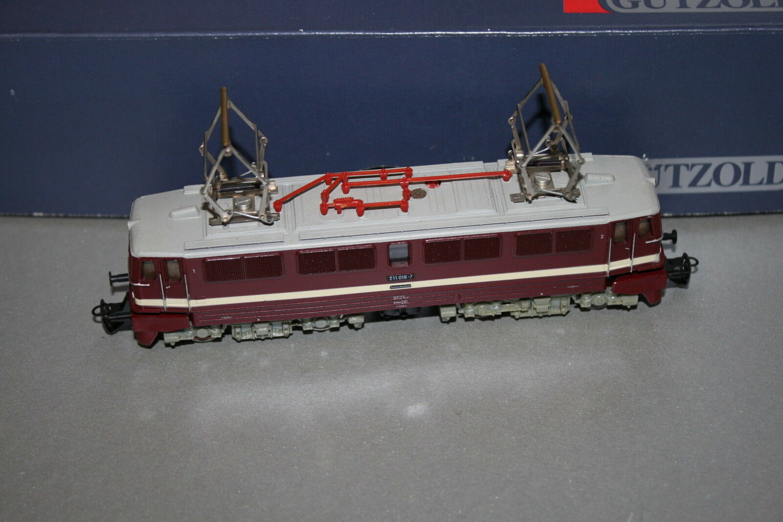 Gützold 91100 E-Lok serie siano 211 018 - 7 DR traccia TT OVP