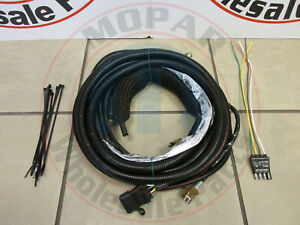 jeep patriot compass 4 way trailer wiring connector new oem mopar ebay rh ebay com jeep patriot trailer wiring harness installation 2013 jeep wrangler trailer wiring harness