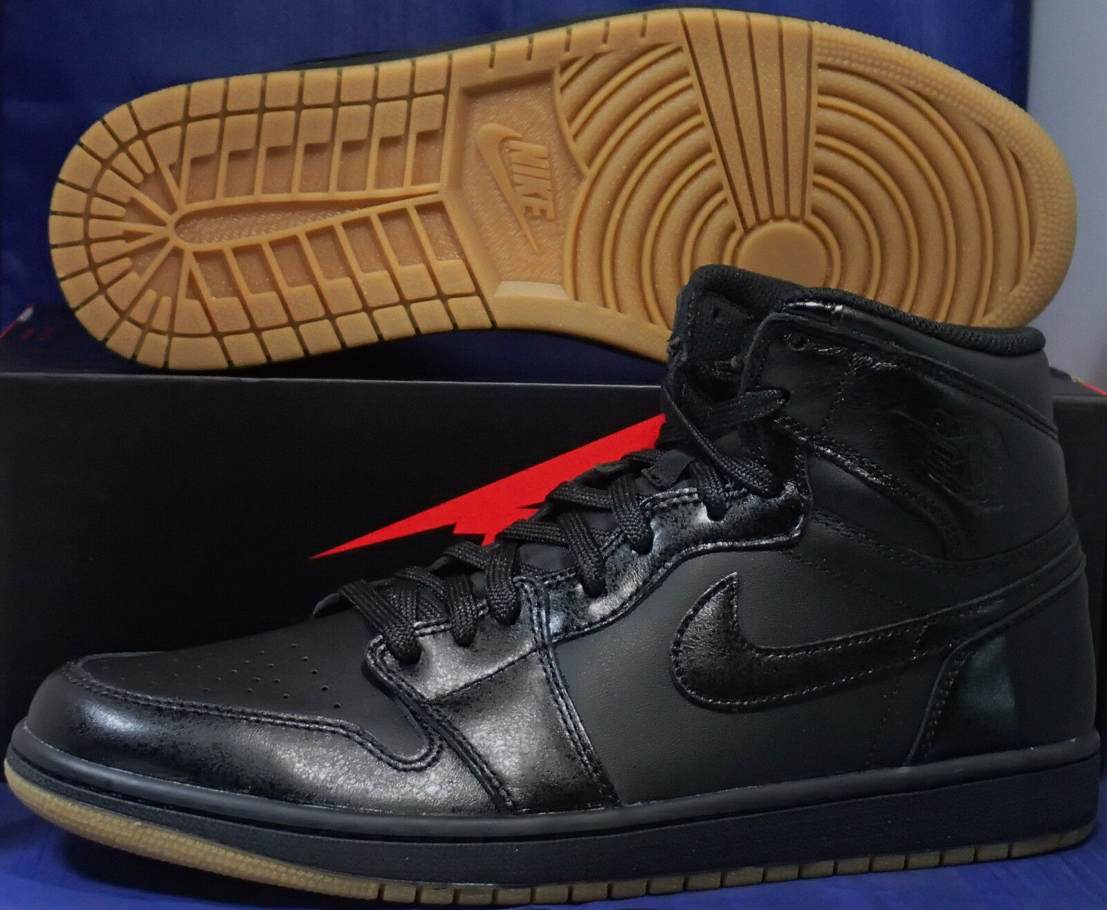 Nike Air Jordan 1 Retro High OG Black Gum Light Brown SZ 8 ( 555088-020 )