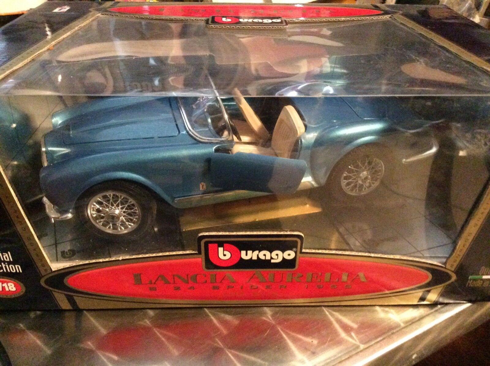 BBurago 1955 Lancia Aurelia B 24 spindel 1955 1  18 skalenlig blå mycket fin