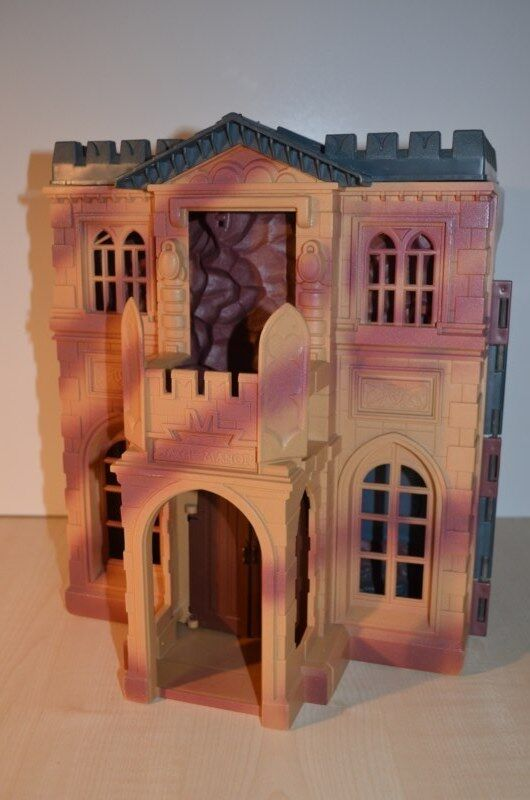 0032 Batman Wayne Manor Batcave Command Centre Play Set - Kenner