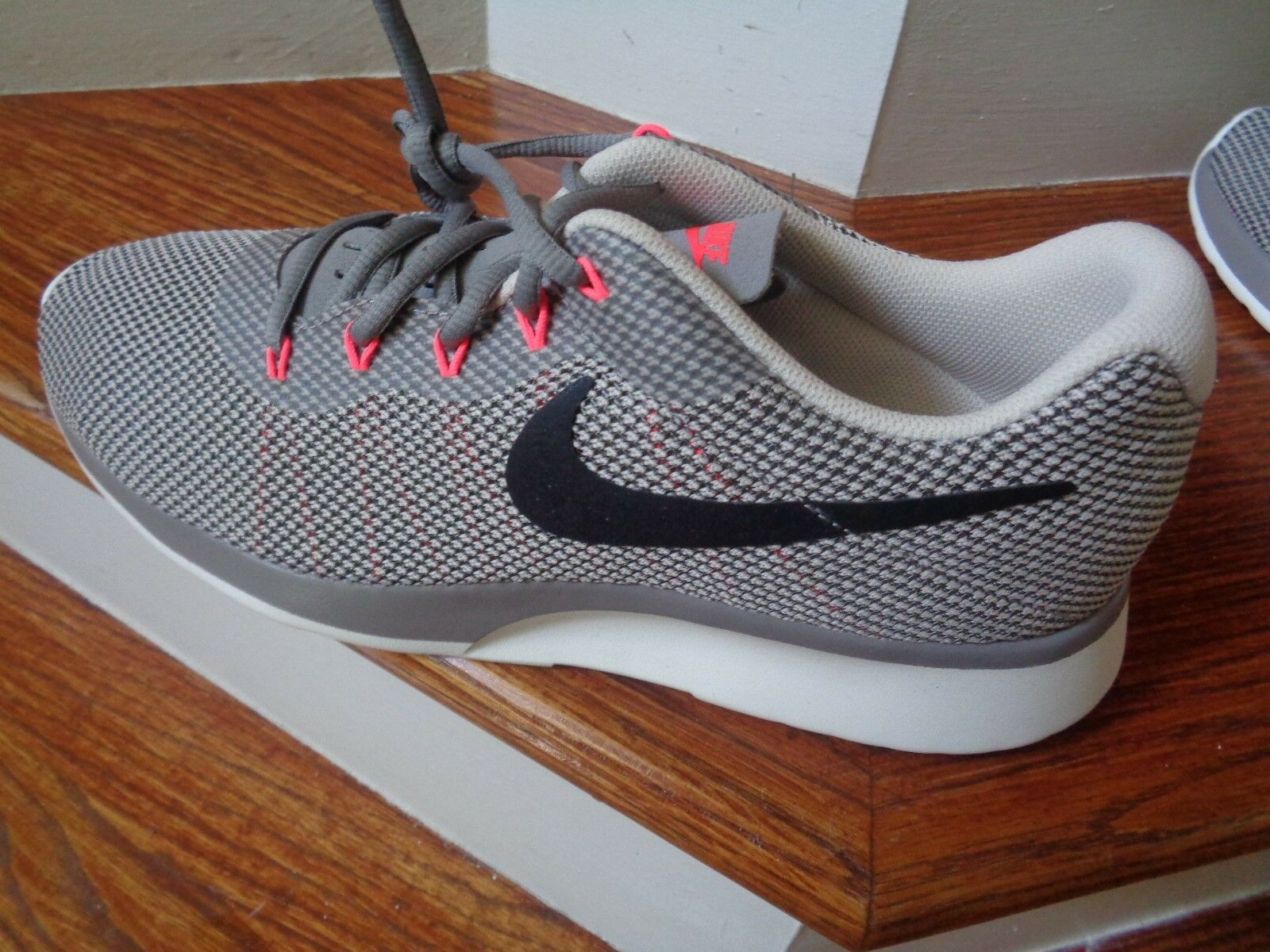 Nike Tanjun Racer Men's Running Shoes, 921669 003 Size 10 NEW