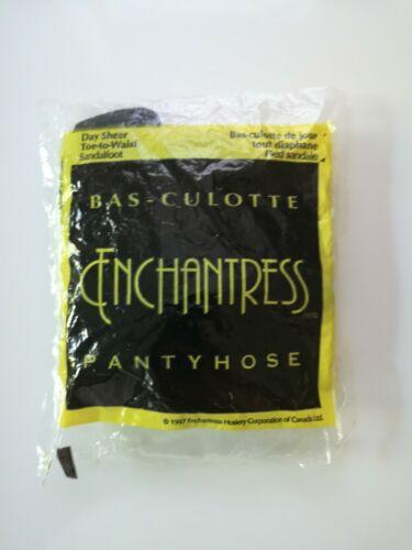 Pantyhose Enchantress Made in USA - Sandalfoot Day Sheer Large