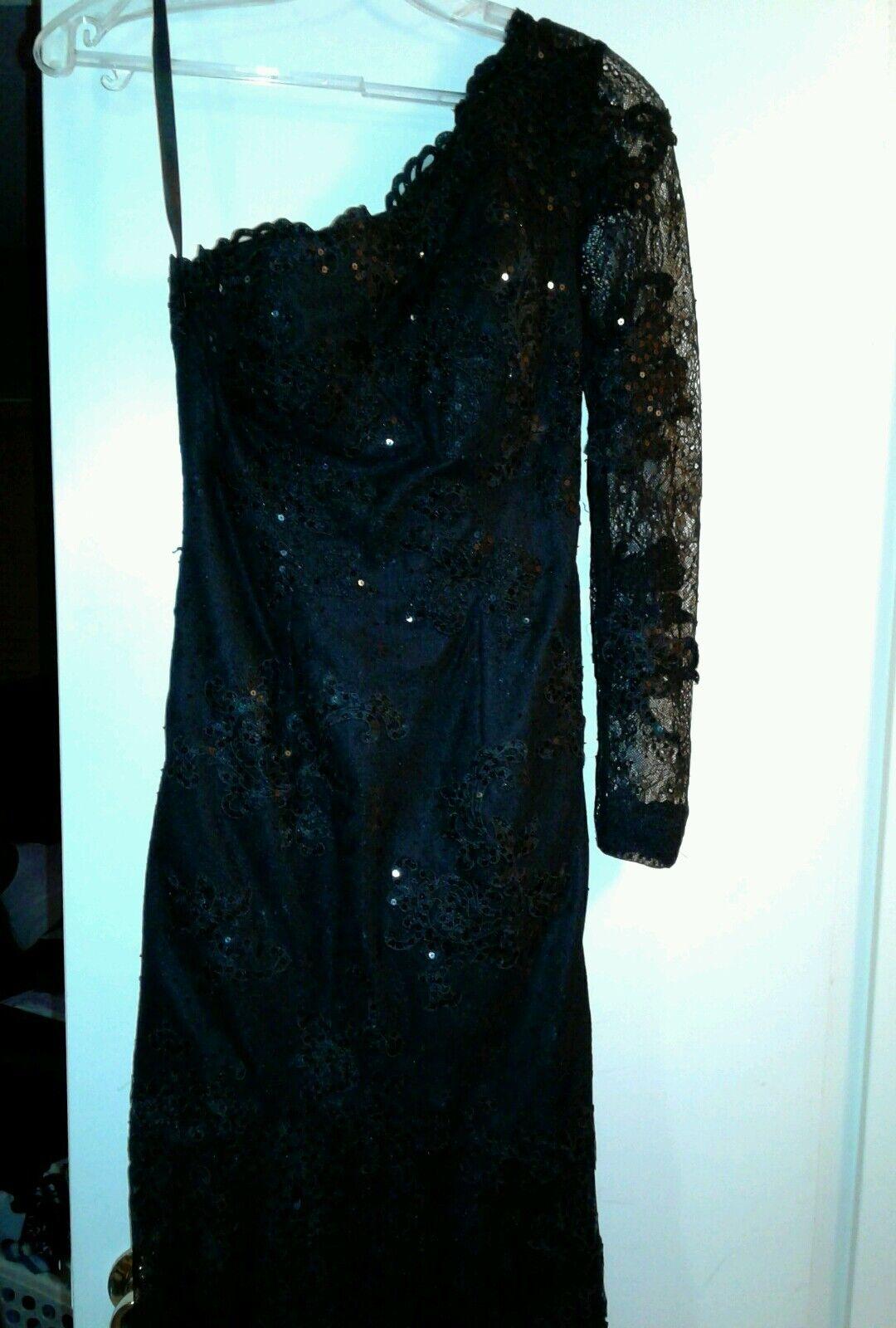 Women Black Ball Gown - image 4