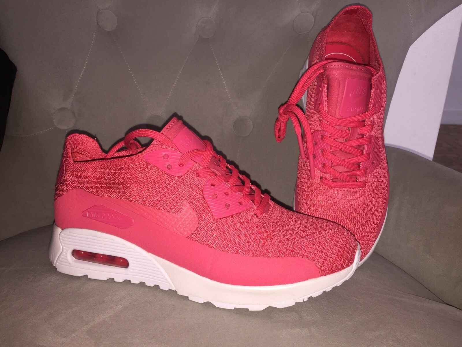 Nike Air Max 90 Ultra 2.0 Flyknit Pink White White Womens Running shoes 7 Sample