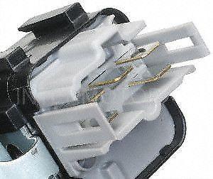 Standard Motor Products KS372 Knock Sensor