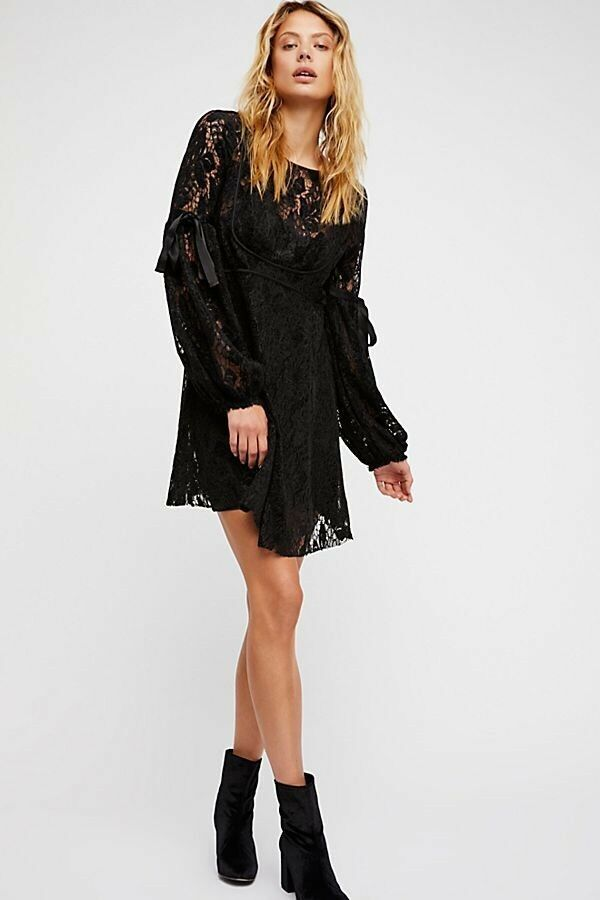 Libre People Noir Bonnet au crochet Dentelle hommeches à nouer Rubin Mini-robe Neuf avec étiquette