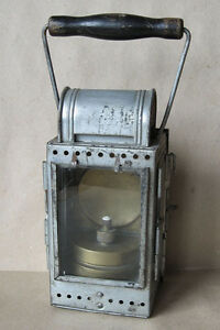 OLD-GERMAN-RAILROAD-LAMP-DEUTSCHE-BAHN