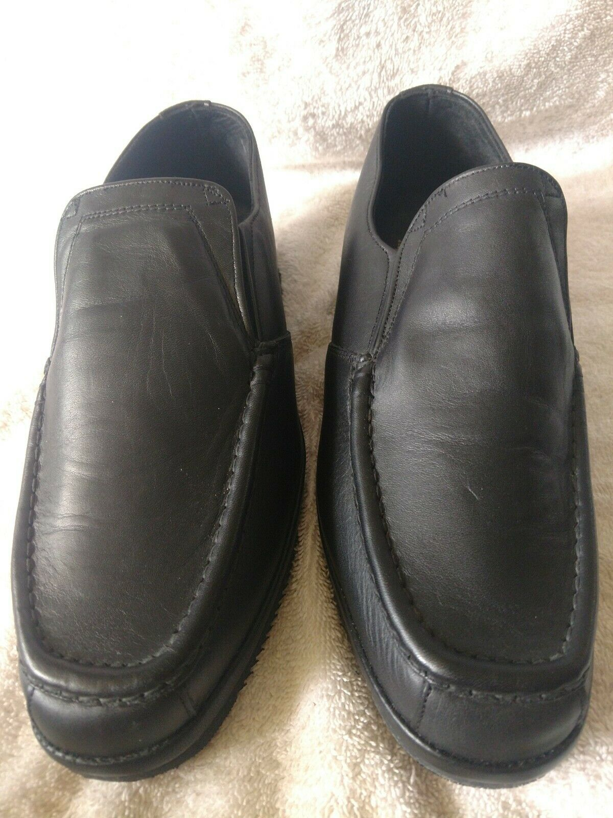 MEN'S JOHNSTON & MURPHY BLACK LEATHER SLIP-ON LOAFERS SIZE 8 W GREAT CONDITION