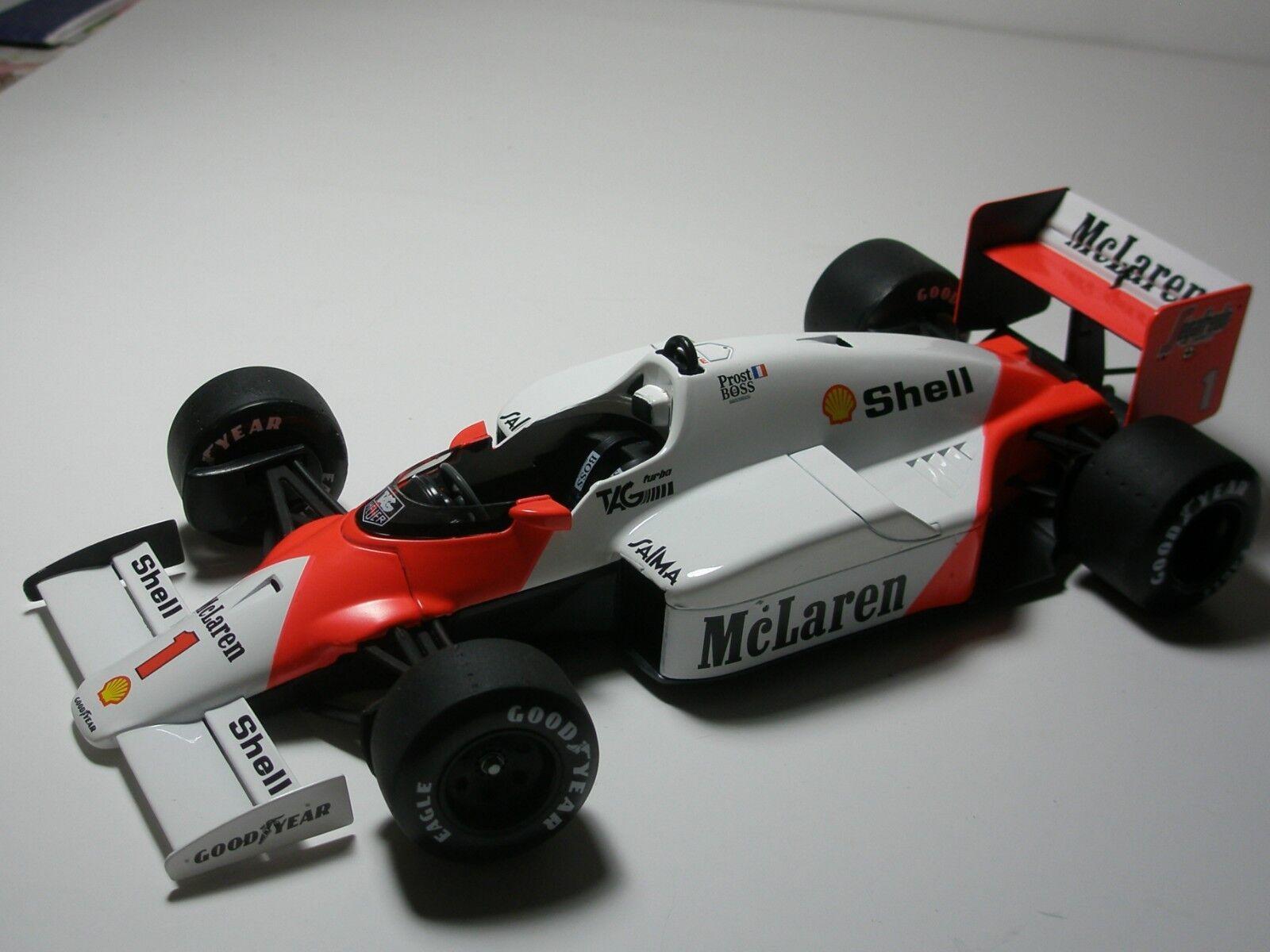 1 18 F1 McLaren Alain Prost, World Champion 1986. Solido