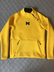 4a4b7ad937b0e9 Image is loading Michigan-Wolverines-Jordan-Nike-Team-Issue-Sideline- Pullover-