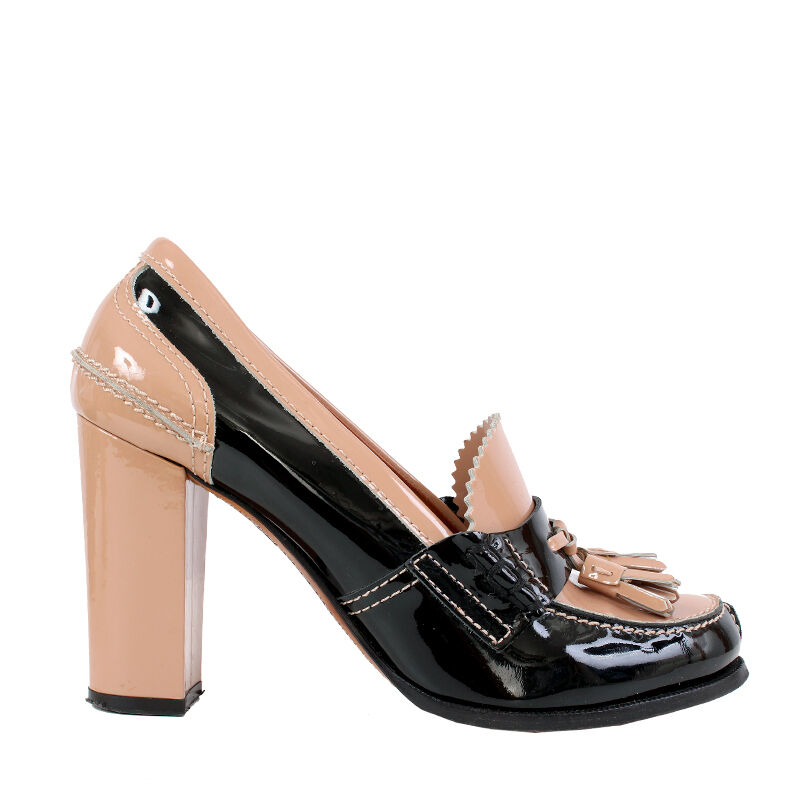 38615 auth CELINE black & nude patent leather TASSLE Pumps shoes 38.5