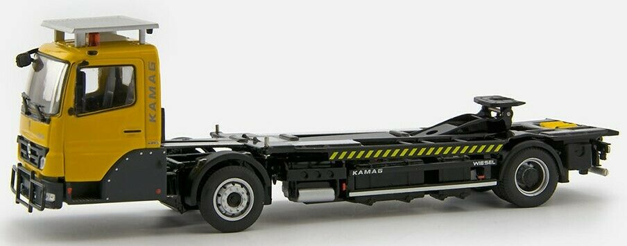 IMC64214808 - Camion KAMAG Wiesel porteur avec container 20 Pieds  KAMAG  giallo