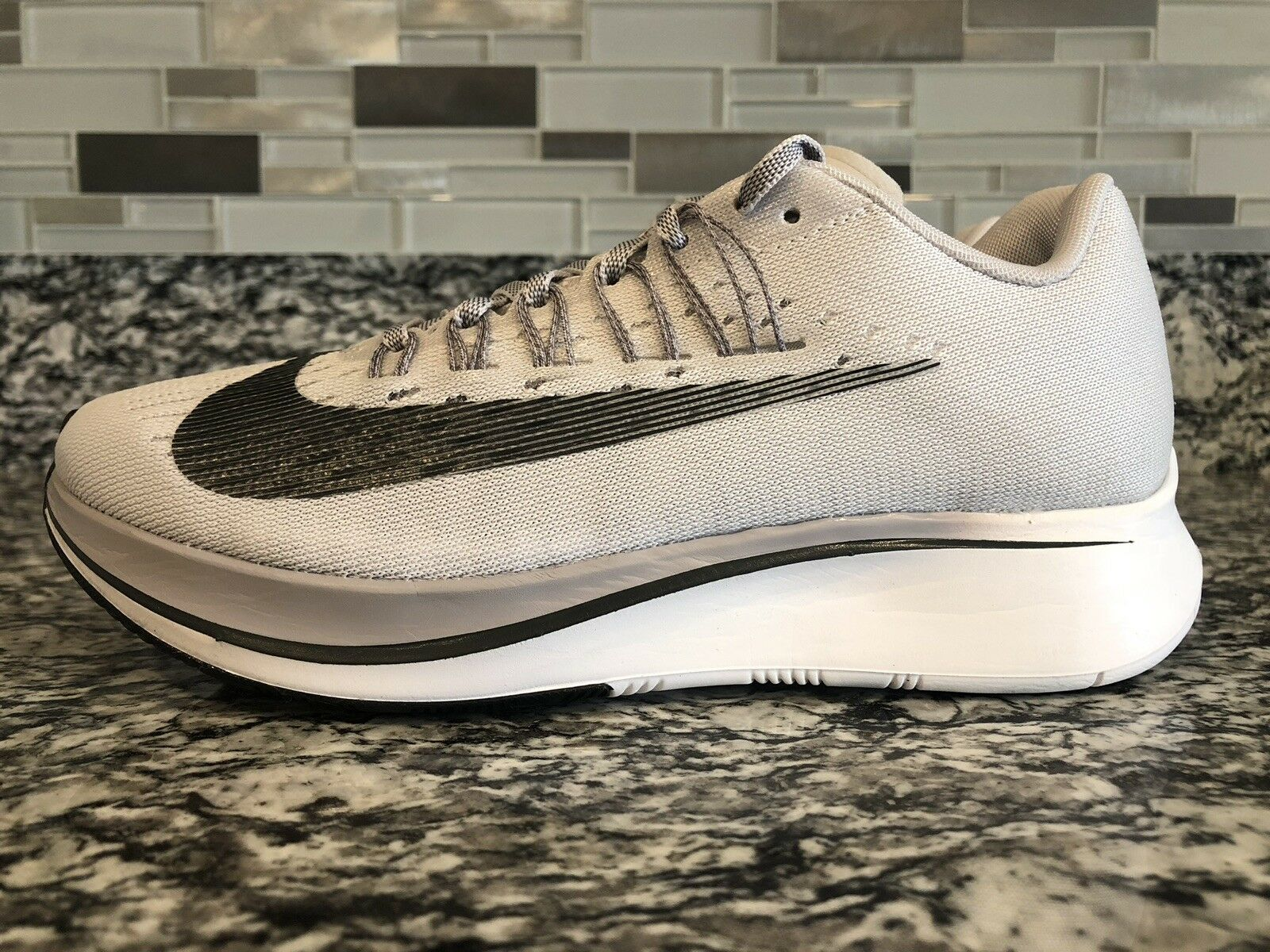 Nike Women's Zoom Fly SAMPLE VAST GREY BLACK WHITE 897821-002 sz 5.5 RUNNING