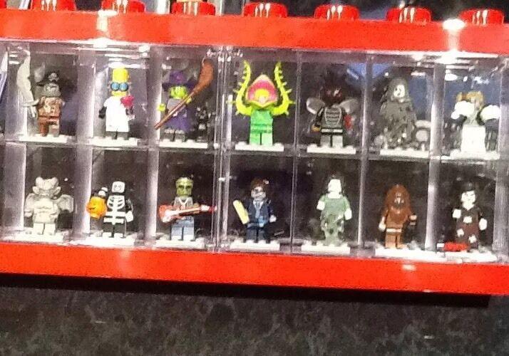 Lego Series 14 Full Set In Lego Display Case