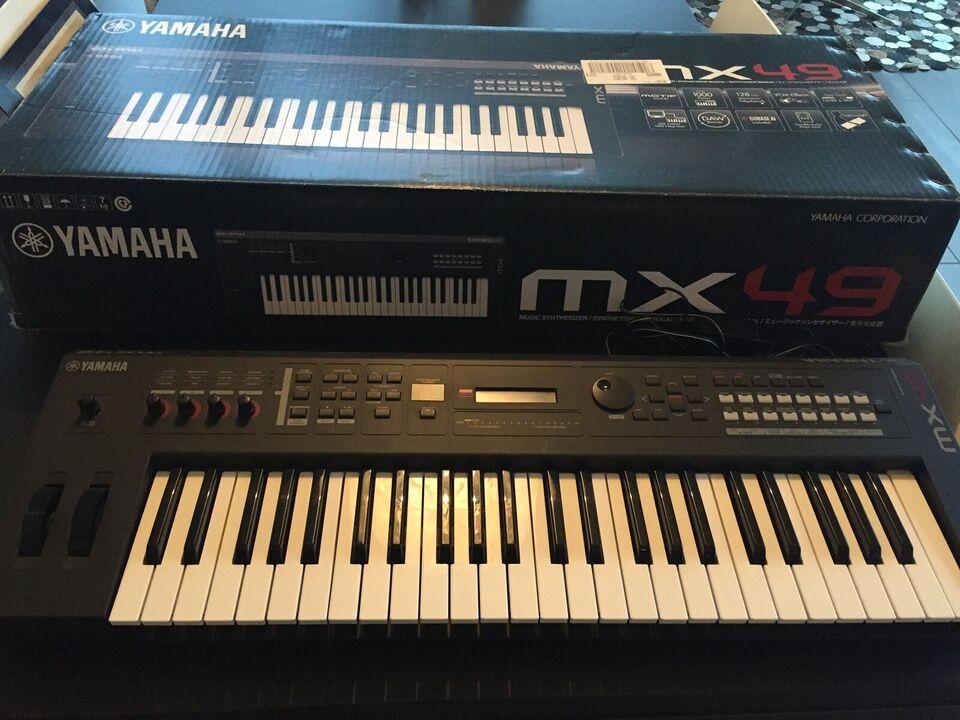 Synthesizer, Yamaha MX49