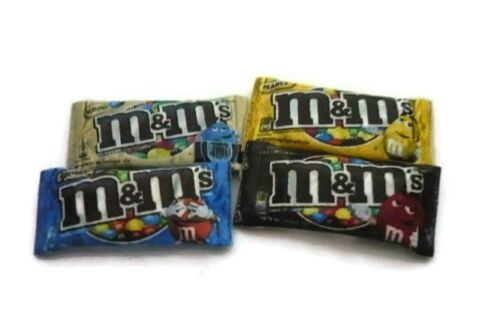 Dollhouse Miniature Packet of M/&M'S Chocolate Candies Assortment of 4