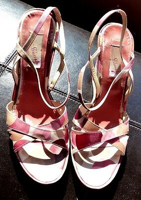 Zapatos Estilo Vintage carvela Cuña. Size UK 6. EU39. Súper en caja original.