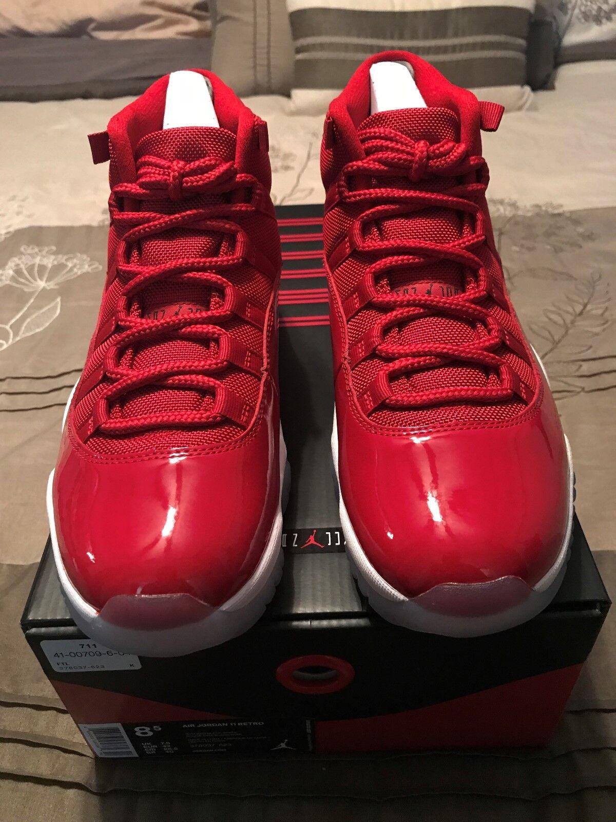 Nike Air Jordans 11 Win Like '96  Gym Red  size 8.5