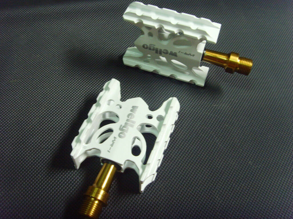 White Super light 175g WR-1 Wellgo ROAD MTB Titanium Spindle  Pedals Ti  big sale