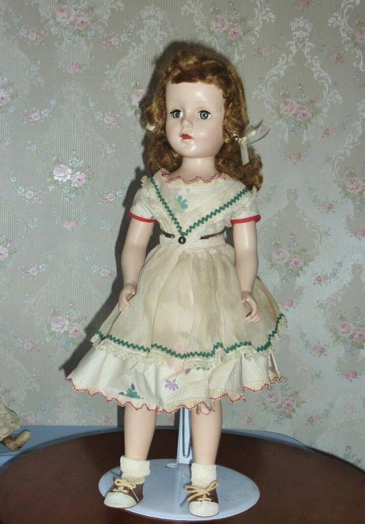 Vintage Hard Plastic Sweet Sue with Original Clothing