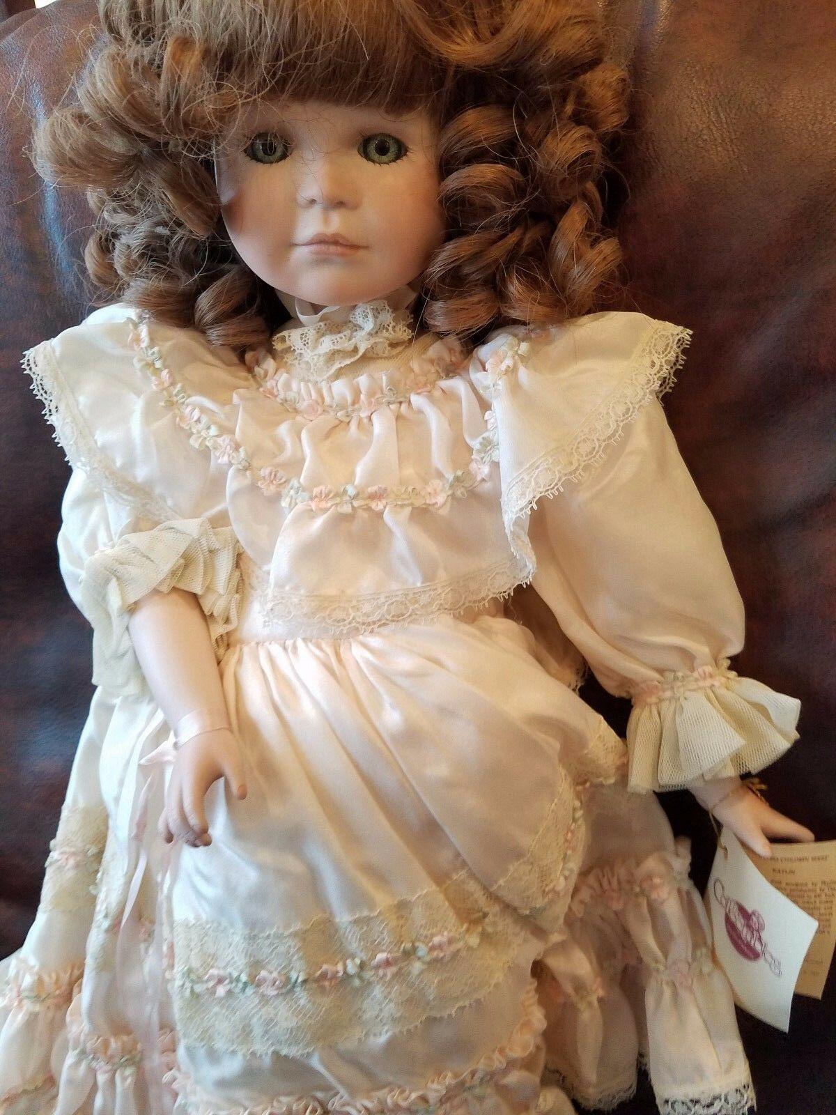 18  Doll name Katlin The Collectables Phyllis Parkins Doll Bellissimo rosso Hairosso