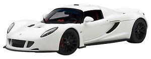 75404-Hennessey-Venom-GT-Spyder-blanc-2010-1-18-Autoart