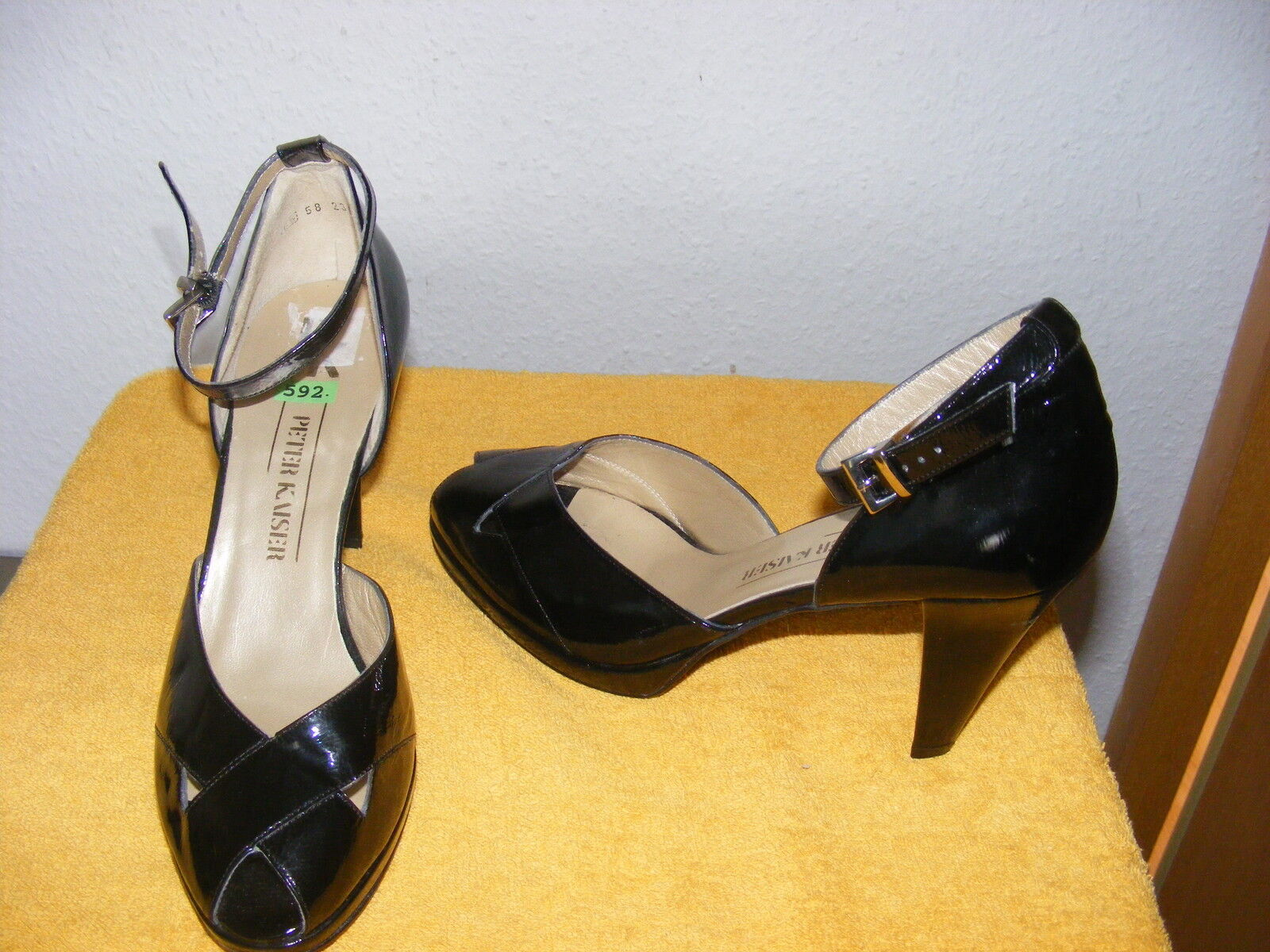 PETER KAISER Gr.40 NEU Pumps, High Heels, schwarz, Absatz 8 cm Stiletto elegant