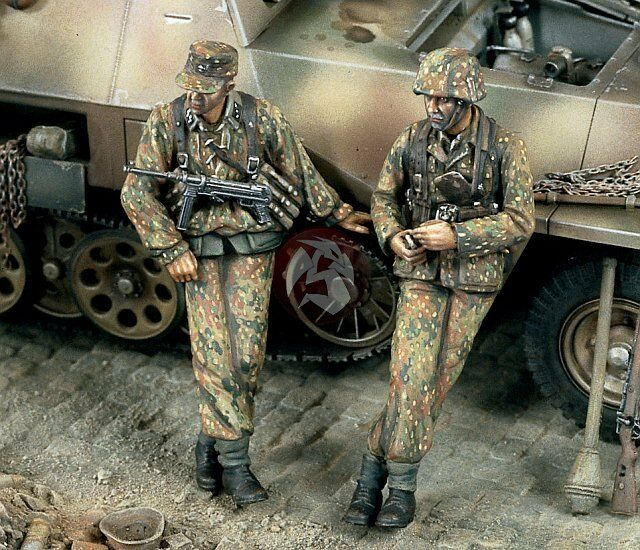 Verlinden 1 35  At the Roadside    German Waffen-SS Infantry WWII (2 Figures) 1371 4fee47