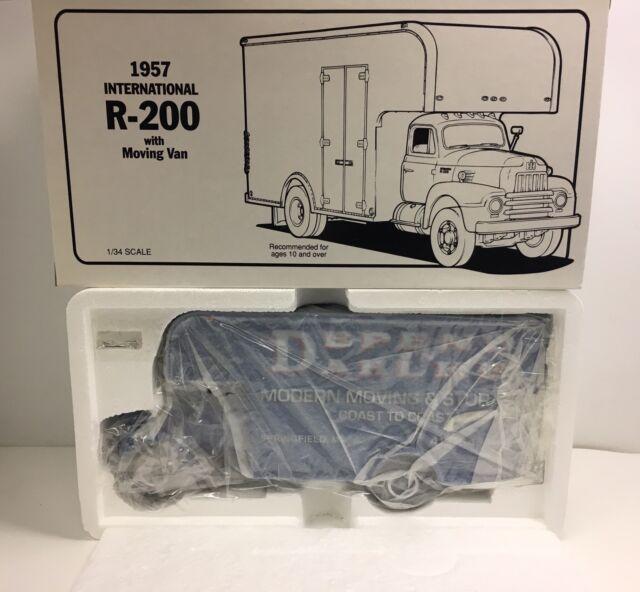 b20f1fd873 First Gear 1957 International R-200 Dahlke s Moving   Storage Van 18-1487  NOS
