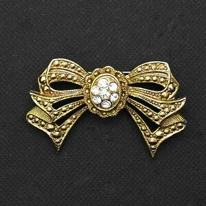1928-Jewelry-Co-Bow-Brooch-Victorian-Revival-Rhinestone-Pin