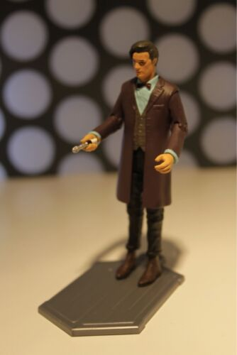 "DOCTOR WHO 11TH ELEVENTH BROWN OVERCOAT WAISTCOAT SONIC SCREWDRIVER 3.75/"" FIGURE"