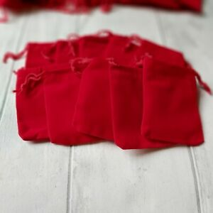 10 CHRISTMAS VELVET GIFT BAGS 7x9cm 10/% to charity Ideal for Christmas gifts