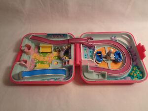 Vintage-1989-Polly-Pocket-Bluebird-World-Fun-Fair-Hot-Pink-Square-Compact