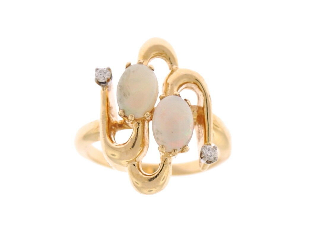 ESTATE VINTAGE 14K YELLOW gold OVAL OPAL & ROUND DIAMOND RING