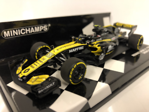 Minichamps 417189055 C Sainz Renault Sport F1 Team 2018 Showcar 4012138156043