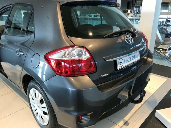 Toyota Auris 1,4 D-4D T2 M/M - billede 5