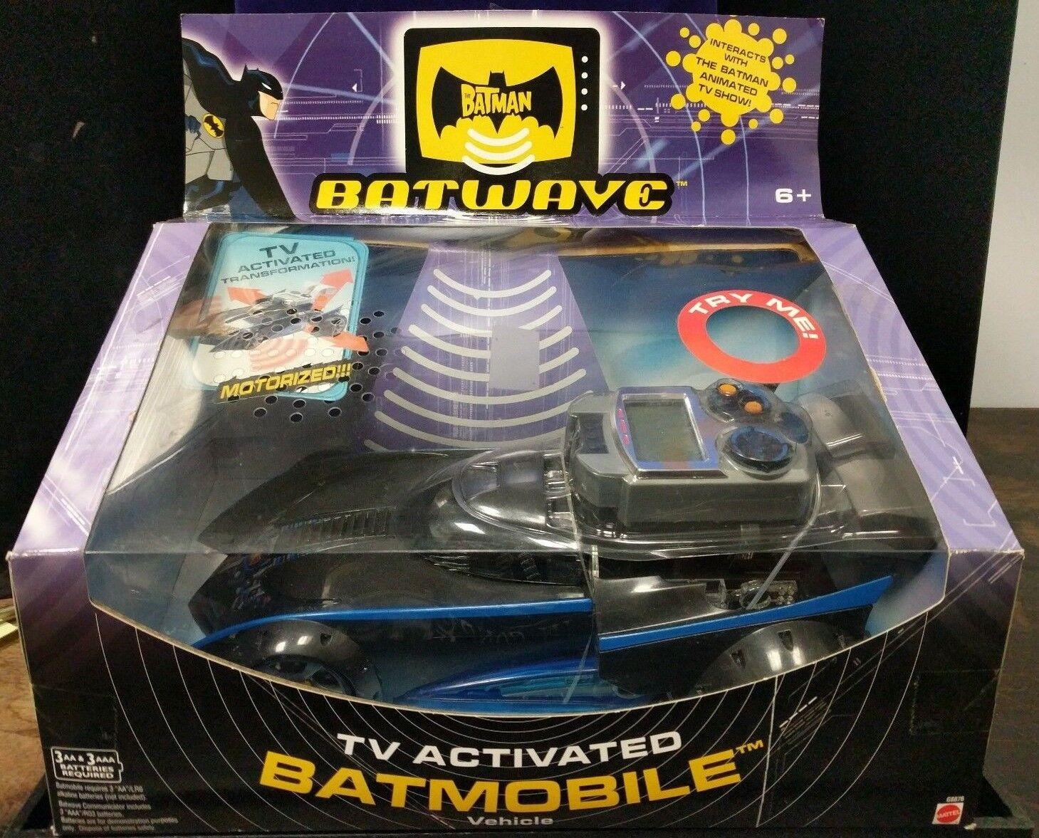 BATMOBILE Batwave Batman MATTEL 2004 TV Activated vehicle DC UNIVERSE (A5-16)